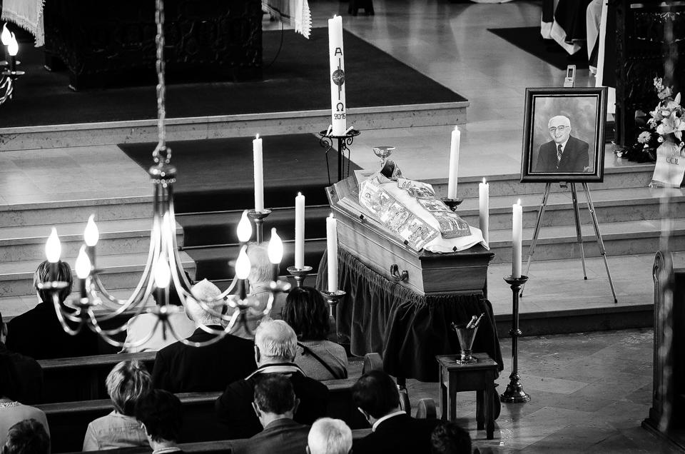 enterrement curé Nicolas Hesse Hochwald Freyming - photographe Boris Patzek-07.jpg